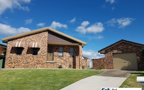 13 Craiglea Close, Taree NSW