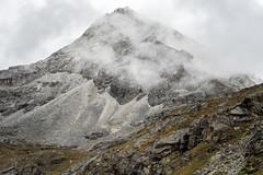 Anonymous summit near Sinche La pass - Gasa District - Snowman Trek - Bhutan (PascalBo) Tags: nikon d500 asie asia southasia asiedusud drukyul drukgyalkhap bhutan bhoutan འབྲུག་ཡུལ། འབྲུག་རྒྱལ་ཁབ་ snowman trek trekking hike hiking lunana gasa himalaya himalayas jigmedorjinationalpark landscape paysage clouds nuages montagne mountain rock rocky outdoor outdoors pascalboegli
