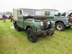 Land Rover Series 1 KFO209 (Andrew 2.8i) Tags: berkeley castle glos gloucestershire classic classics car cars show offroad 4x4 4wd british pick up s1 series1 landrover