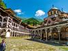 Cuando miras hacia el cielo (Jesus_l) Tags: europa bulgaria monasterioderila jesúsl