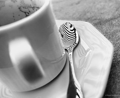 Zebra (frankdorgathen) Tags: alpha6000 monochrome blackandwhite schwarzweiss schwarzweis stillleben stilllife spiegelung reflection löffel spoon kaffeetasse coffeecup