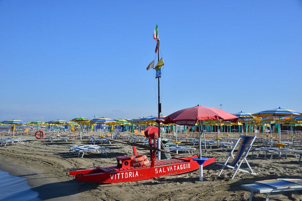 36f1497fefde5c Fiumicino , salvataggio (pontfire) Tags: spiaggia beach plage italie italia  italy mer sea