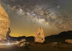 A NIGHT IN THE DESERT (Brunzolini) Tags: milkyway wadi rum jordan middle east desert night nightsky boulder lowlevellighting lll milchstrasse brunzo lini nachthimmel stars sterne sternenhimmel core galaxy