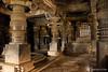 09-10-27 India del Sur (283) O01 (Nikobo3) Tags: asia india indiadelsur karnataka bengaluru bangalore shravanabelagola culturas templos travel viajes nikon nikond200 d200 nikondx182003556vr nikobo joségarcíacobo arquitectura architecture