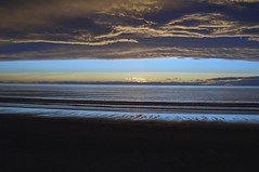 Mahia sunset (Diepflingerbahn) Tags: mahiabeach hawkesbaynz sunset seascape sky clouds