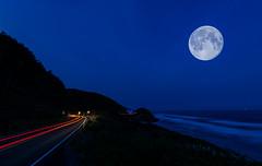 BCRCO662018-41 (Ranbo (Randy Baumhover)) Tags: oregon oregoncoast pacificocean hwy101 sunrise moon