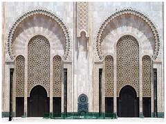 Gateways (Gurugo) Tags: casablanca marrocos morocco maroc hassaniimosque mesquitahassanii mosquééhassanii gate porta portal door mosque mesquita latticework rendilhado portão arch arco azulejo tiles