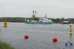 TX 38 op Noordzeekanaal (Romar Keijser) Tags: kotter visserij emk eendracht maakt kracht protest amsterdam dam aanlandplicht discard ban