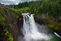 Taking in The Complete Setting of Snoqualmie Falls