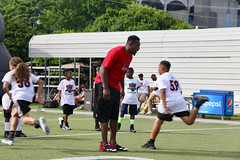 "2018-tdddf-football-camp (36) • <a style=""font-size:0.8em;"" href=""http://www.flickr.com/photos/158886553@N02/42423373161/"" target=""_blank"">View on Flickr</a>"