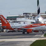 G-EZDN Airbus A319 Easyjet Airline Company Ltd thumbnail