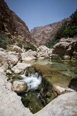 Wadi Shab at noon (mzagerp) Tags: eau aue emirats arabes unis united arab emirates oman mascat mascate abu dhabi dubai bani awf wadi khalid shab mosquee mosque muslim louvre muscat masqat