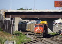 Crossing over at Turcot West (Michael Berry Railfan) Tags: cn canadiannational cn401 train freighttrain emd gmd sd75i sd70m2 montreal montrealsub montrealwest quebec turcotwest turcotouest cn5738 cn8802