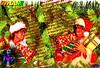 MERRY CHRISTMAS BY GEORGE MICHEL (edimix1) Tags: merry christmas joyeux noël joyeuses fêtes cadeaux sapin hiver neige edimix fond ecran wallpaper froid surprise guirlandes boules george michael wham rouge vert