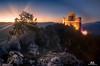 Rocca Calascio: alba / sunrise (Abulafia82) Tags: pentax pentaxk5 k5 ricoh ricohimaging generazionepentax facebook raduno meeting abruzzo roccacalascio calascio santostefanodisessanio campoimperatorelagodipietranzoni maggio 2018 abulafia paesaggio landscape montagna mountain