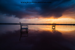 a light that never comes (ser-y-star) Tags: sunset atardecer salinas torrevieja parquenatural reflections reflejos nubes clouds cloudscape cjairs sillas silla chair