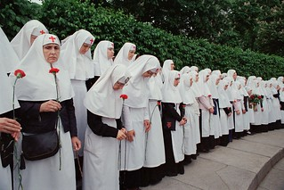 Грустная монахиня / The sad nun