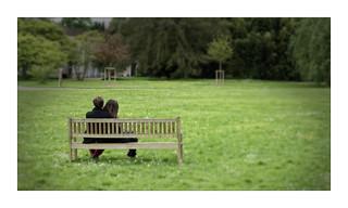 Les amoureux sur un banc publique...