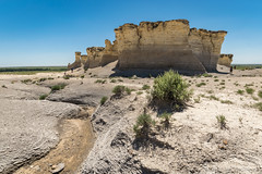 View of Monument Rocks (mesocyclone70) Tags: monumentrocks kansas landmark greatplains pyramids chalk usa landscape rock