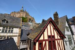 Le Mont-Saint-Michel (Cri.84) Tags: montsaintmichel normandie village abbaye maison