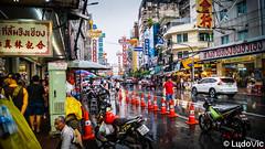ถนนเยาวราช - Yaowarat Road (Lцdо\/іс) Tags: yaowarat road ถนนเยาวราช 耀華力路 samphanthawong district bangkok thailande thailand thailandia thaïlande thalandia travel street life asia asian asie china town couleur voyage vacance vacation 2017 novembre november lцdоіс city citytrip rue vie awesome