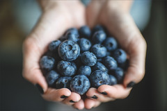 Full hands of vitamins (Uldis Plinte) Tags: uldisplinte bokehuldis sony a7ii bokeh bokehlichious diy meopta meostigmat 50mm 1350 f13 projectorlens bushblueberrys