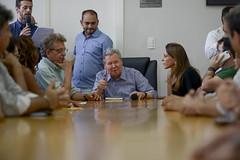 20.07.18 Prefeito assina nomeação de professores aprovados no concurso da SEMED