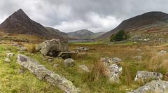 Llyn Ogwen and Tryfan (Al142) Tags: cwmidwalarea llynogwen panoramics tryfan wales