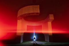 Elogio del Horizonte, Gijón, Asturias, Spain (inhiu) Tags: elogiodelhorizonte gijón asturias spain sculpture monument lightpainting longexposure nightphotography nikon inhiu
