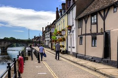 The riverside at Bewdley, Worcestershire (Baz Richardson (now away until 20 July)) Tags: worcestershire bewdley riversevern narrowstreets smalltowns severnsidenorthbewdley riverside