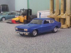 Ford Capri (quicksilver coaches) Tags: ford capri hongwell cararama 172 176 oo diecast model