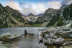 Monestero (sostingut) Tags: llacspirineus d750 nikon tamron pirineos aigüestortes lago atardecer haida valle soledad