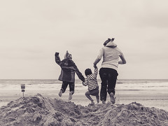 JUMP for JOY (freundsport) Tags: child children flickr new free jump beach sea familie family boy girl kids light blackandwhite norderney nordsee monochrome sepia nocolour people sun kinder magic outside outdoor sony7m3 sony7iii sony smile love photography childish childhood youngsters cute zeiss germany summer nature ocean wasser water sky deutschland niedersachsen northsea joy fun