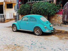 taking it back to the 80s with the vintage Volkswagen Beetle (kateb0625) Tags: travelphotography tumblr artsy summer retro happiness goodvibes hippie rustic road street rural photography peace love 80sfeel mexico explore tourist travel lifestyle style hip vintage urban blue volkswagenbug