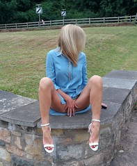 Perfectly positioned (newport50) Tags: hotlegs hotfeet hotlady blondenaughty blonde verysexy sexylegs sexypose rednails longlegs barefeet barefoot barelegs arched ankles sexysandals sexyshoes shoefetish