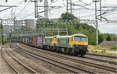 90042 & 90049. Rugeley Trent Valley. (Alan Burkwood) Tags: rugeley trent valleyfreightlinerclass 909004290049daventrycoatbridge electric locomotive freight