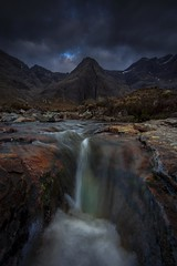 Into Darkness (Sander Grefte) Tags: 2018 isleofskye schotland scotland fotografie landscape landschap nikond7200 photography reis fairypools water waterfall waterval mountains mountain darkness dark clouds mood dramatic wolken sky rocks rock rots rotsen