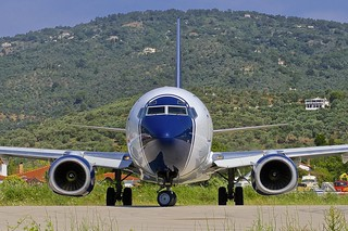 JSI/LGSK: BluePanorama Boeingh 737-8Z0 EI-GAW