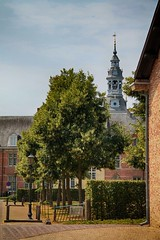 Abdij (Karl Van Loo) Tags: postel abdij bomen kerk haag tree church