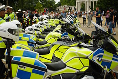 RAF100 celebration, London flypast day, 54 (D.Ski) Tags: raf royal air force raf100 100 100years anniversary nikon nikond700 london uk england buckinghampalace wellingtonarch hydeparkcorner july2018 2018 celebrate celebration flypast police motorbikes motorbike