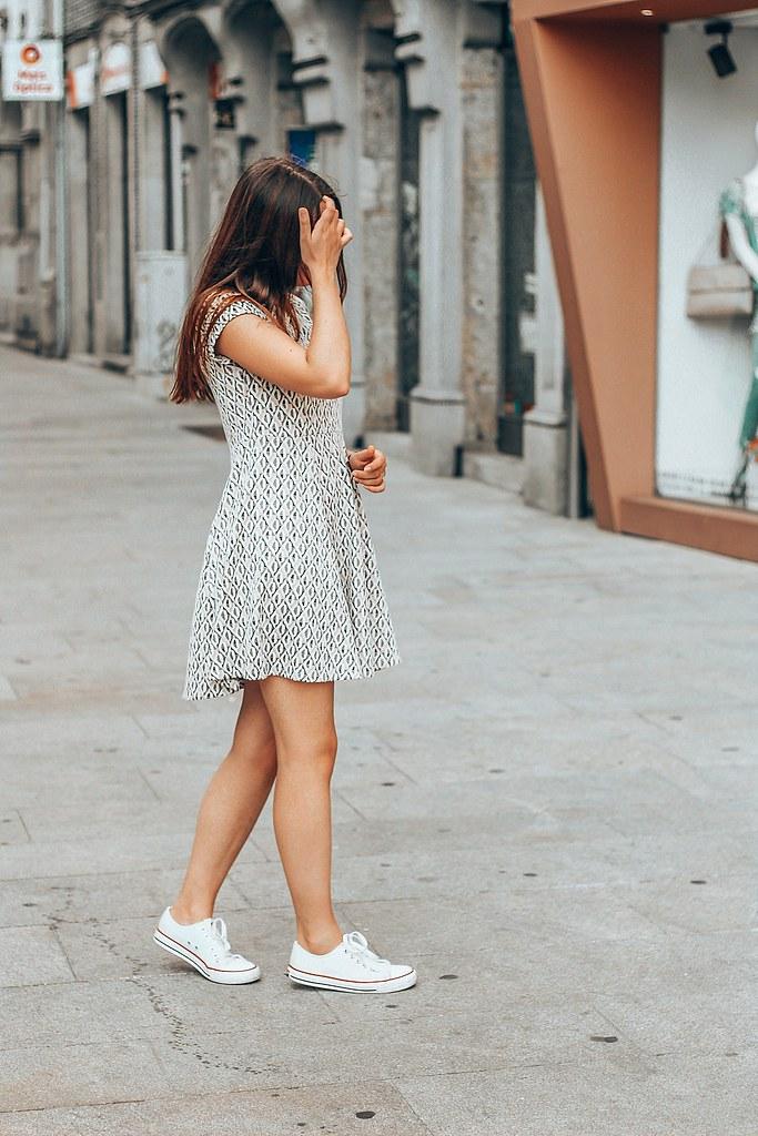 ootd_bag_gamiss_converse_little_dress