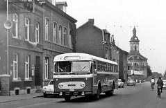 0 91-672 TCM # 9 (brossel 8260) Tags: belgique bus prives liege