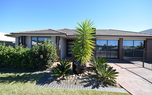 30 Firetail St, South Nowra NSW 2541