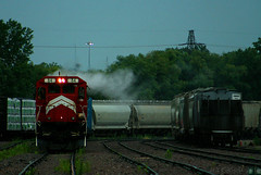 Smoke 'Em! (Jeff Carlson_82) Tags: mn minnesota minnesotacommercial b398 b398e 84 minneapolis ayard yard beltjob job46 steam smoke rain mnnr train railroad railfan railway storm ge standardcab