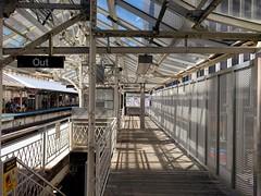CTA Platform, Adams and Wabash (rwchicago) Tags: chicago loop downtown cta rapidtransit masstransit urban city publictransit platform elevatedtrain