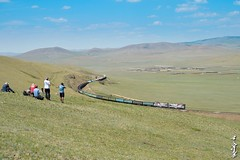 Tanagos railfans in Mongolia... (N.Batkhurel) Tags: season summer sky clouds khoolt tuv trains trainspotting transport train 24120mm 2zagal railway railfan ubtz locomotive landscape tanago mongolia monrailpic ngc nikon nikondf curve