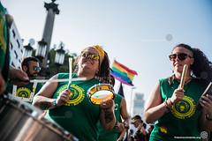 2018_06_30 Día del Orgullo_Joanna Chichelnitzky(04) (Fotomovimiento) Tags: díadelorgullo pride manifestación catalunya catalonia cataluña barcelona fotomovimiento retrato pancarta queer lgtbi lgtbiq