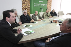 Reunião na APRE - Associação Paranaense de Empresas de Base Florestal