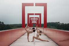(dimitryroulland) Tags: nikon d600 85mm 18 dimitryroulland dance dancer gym gymnast gymnastics pointe duo paris cergy natural light urban street city bridge red