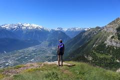 moi :) (bulbocode909) Tags: valais suisse ovronnaz grandgarde montagnes nature plainedurhône massifdumontblanc paysages vert bleu forêts villes villages personnes martigny charrat fully croix rochers fabuleuse